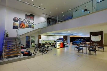 First-ever BMW Urban   Retail Store launched