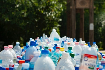 Why can't all plastic waste be recycled?