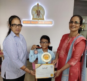 Vaz excels in Spell Bee, first in Goa