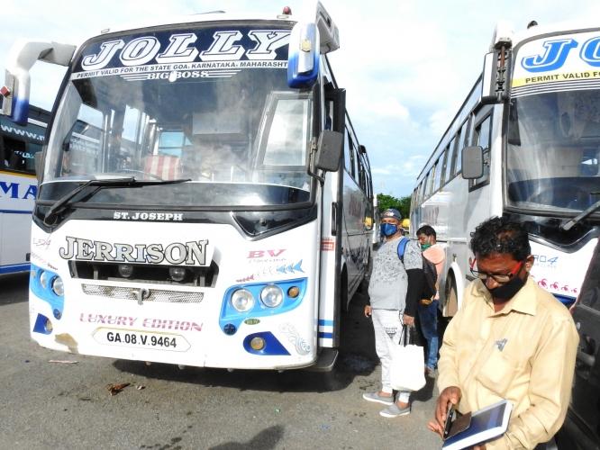 Borders open, but Goa-Mumbai bus service yet to pick pace