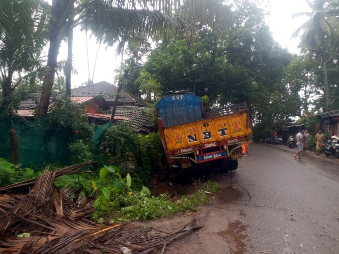 Residents escape as truck rams into a house in Guirim
