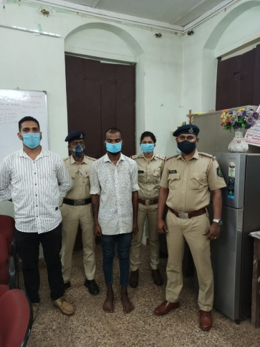 Hyderabad native held with drugs at Colva