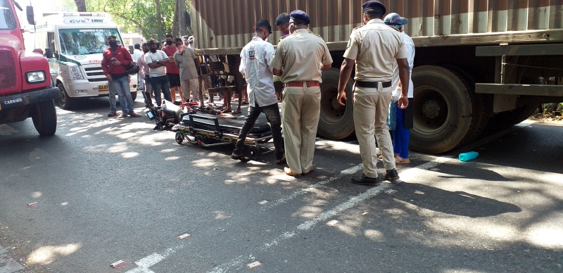 College student  dies in road  mishap at Bhoma