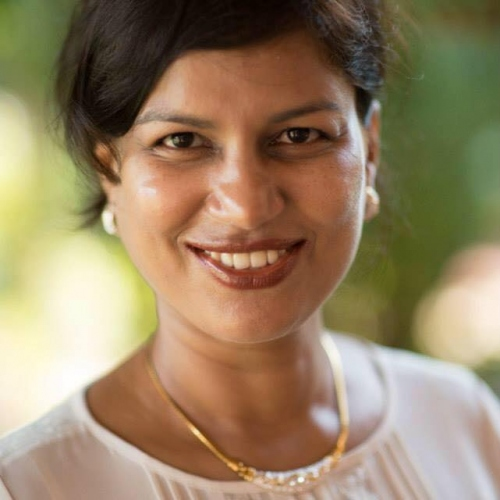 Remediana Dias honoured with   Indian Achievers Award