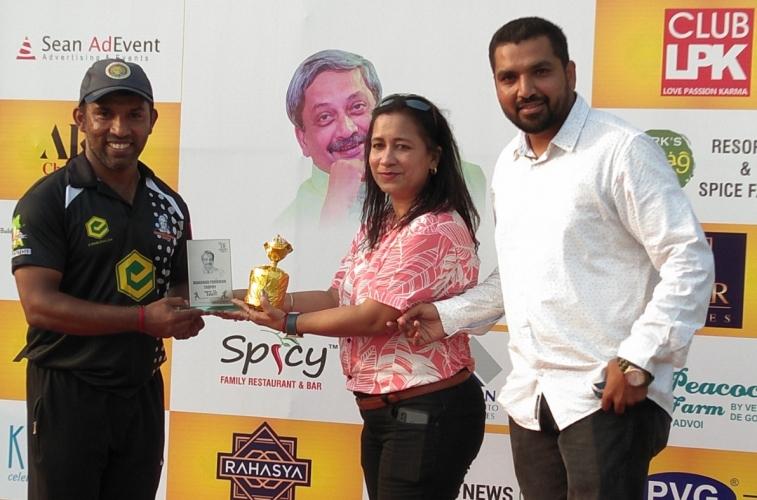 Parrikar Trophy: Porvorim Warriors, Mandovi Parivar in QFs