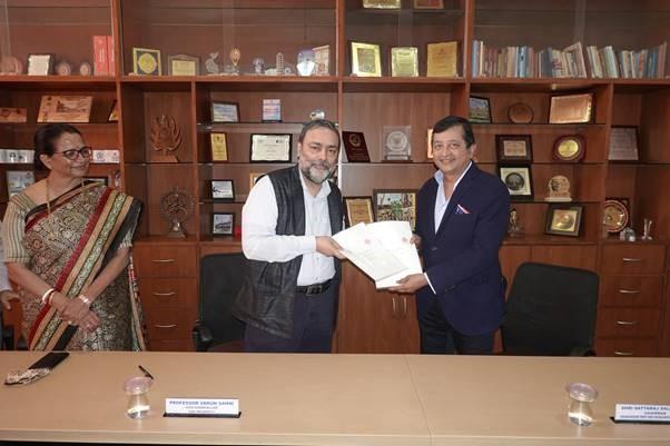VM Salgaocar Trust, Goa University sign   MOU to fund chair on wildlife studies