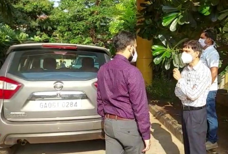 Chicalim Dy Sarpanch offers SUV for use as ambulance