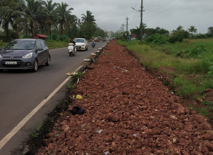 Incomplete road widening work at Canca puts 2-wheeler riders at risk