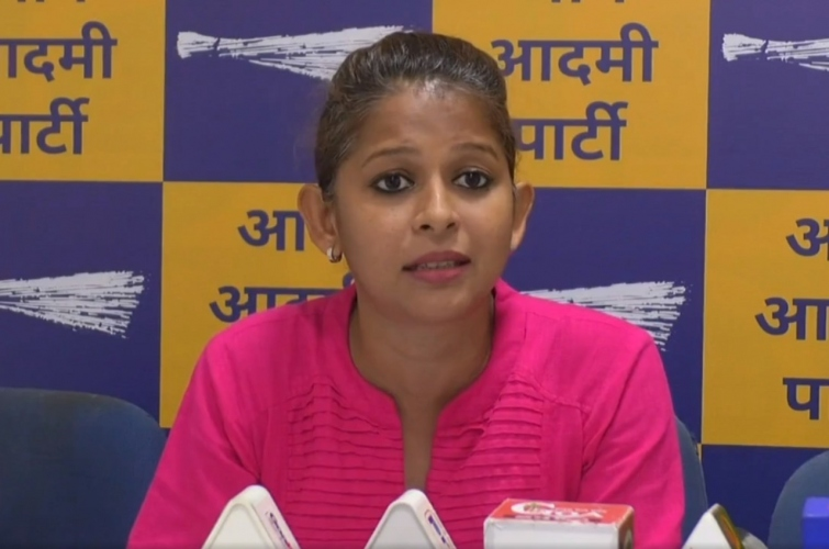 AAP uncovers fake -ve Covid certificate scam at Patradevi