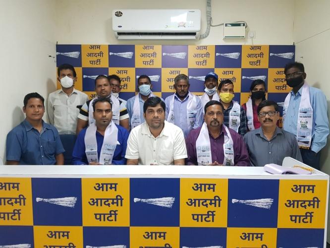 Former MGP candidate Suhas Naik joins AAP
