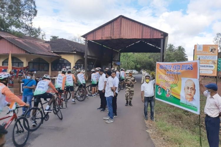 Rashtriya Ekta Diwas Rally cyclists   welcomed at Canacona
